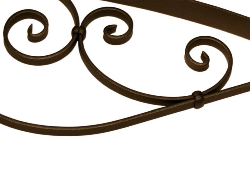 Pensilina in ferro ricciolo classica